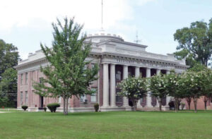 Photo of Quitman County Courthouse, Marks, MS